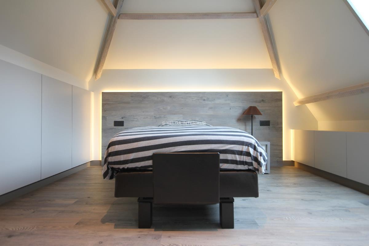 https://www.helgainterieur.be/images/projectgalerij/helga-interieur-architect-verbouwen-zolderkamer-slaapkamer-1410-06.jpg