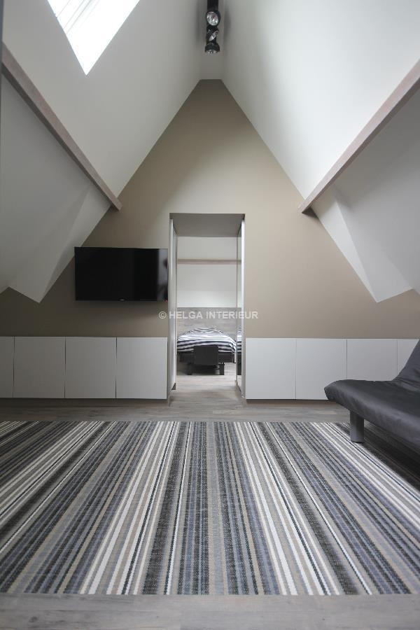 https://www.helgainterieur.be/images/projectgalerij/helga-interieur-architect-verbouwen-zolderkamer-speelkamer-1410-05.jpg