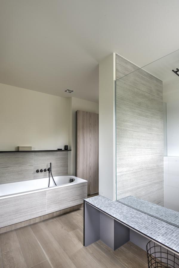 Badkamer renovatie | Helga Interieur Architectuur Antwerpen